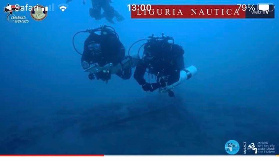 I preparativi e l'ispezione nello specchio di mare dove è stato rinvenuto i relitto. Sono state riprese da Liguria Nautica  Web TV